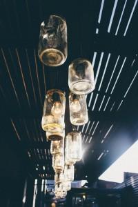 szklana lampa