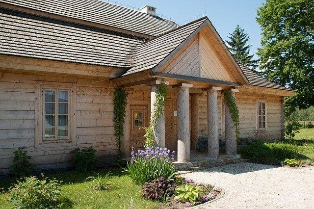 Doskonale wykonane domy z bali