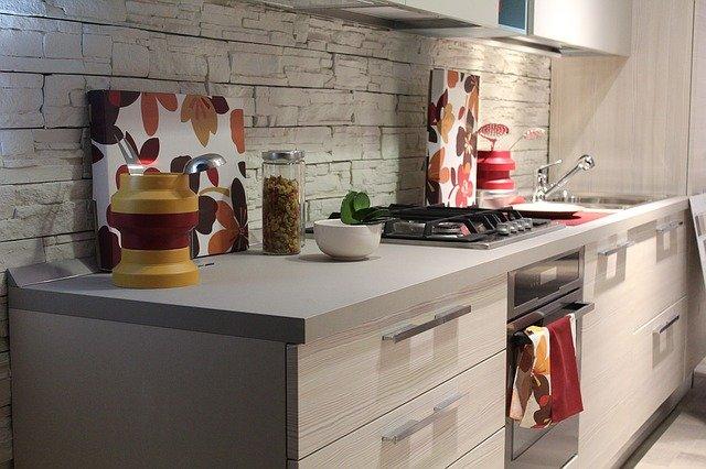Kuchnie – sufity, ściany, podłogi