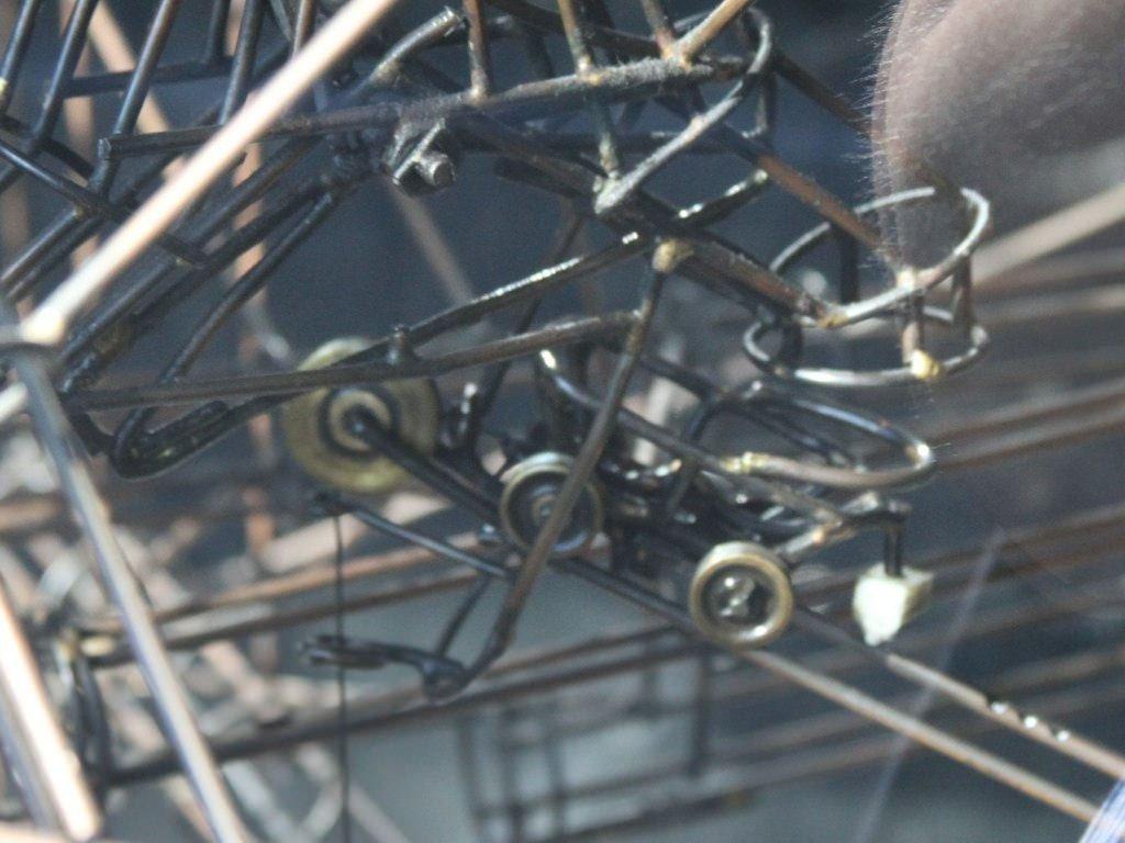 Wózki osiatkowane i inne elementy wyposażenia