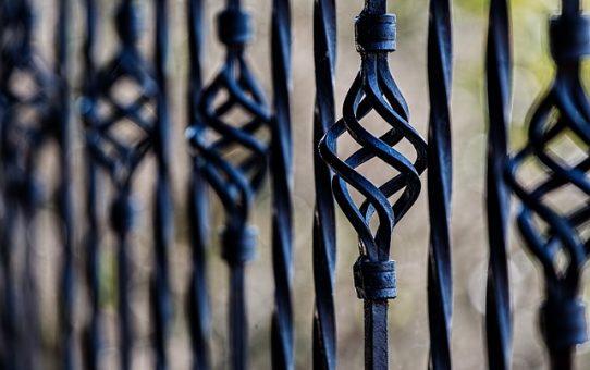 Popularne, kolorowe ogrodzenia panelowe