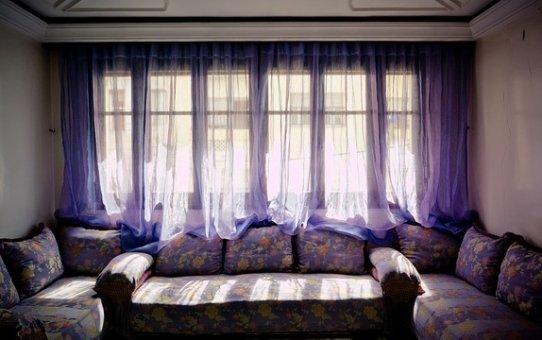 Elektryczne karnisze w aranżacji mieszkań