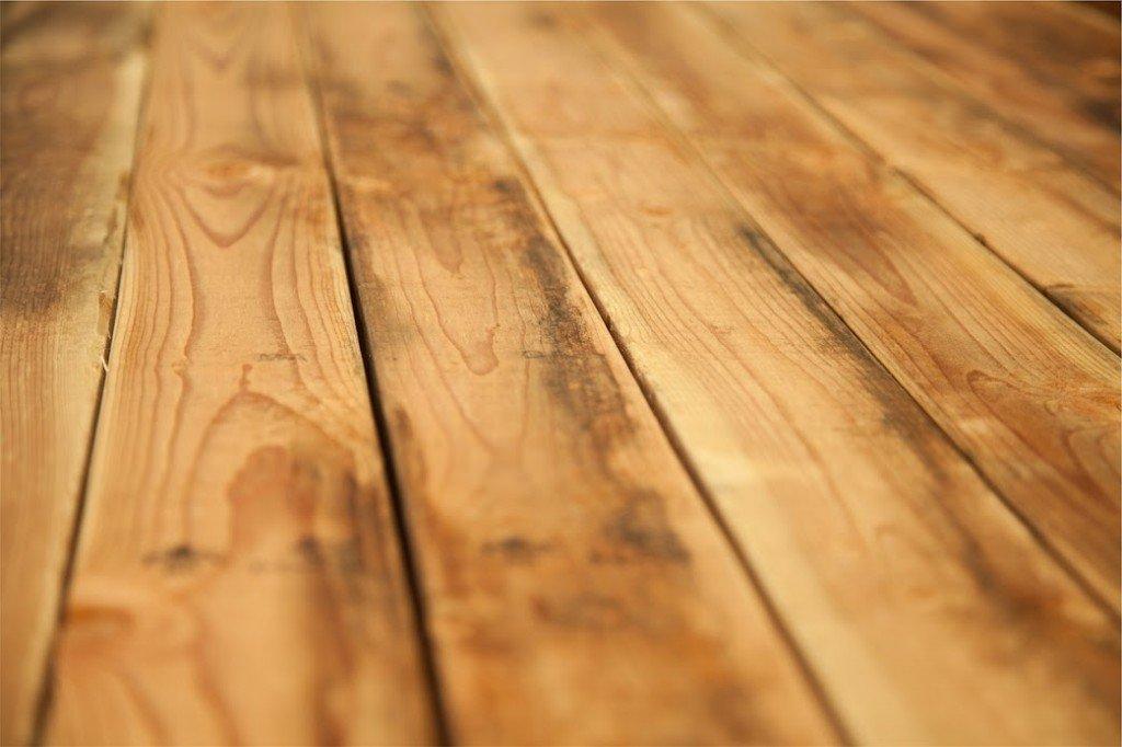 montaż podłóg drewnianych