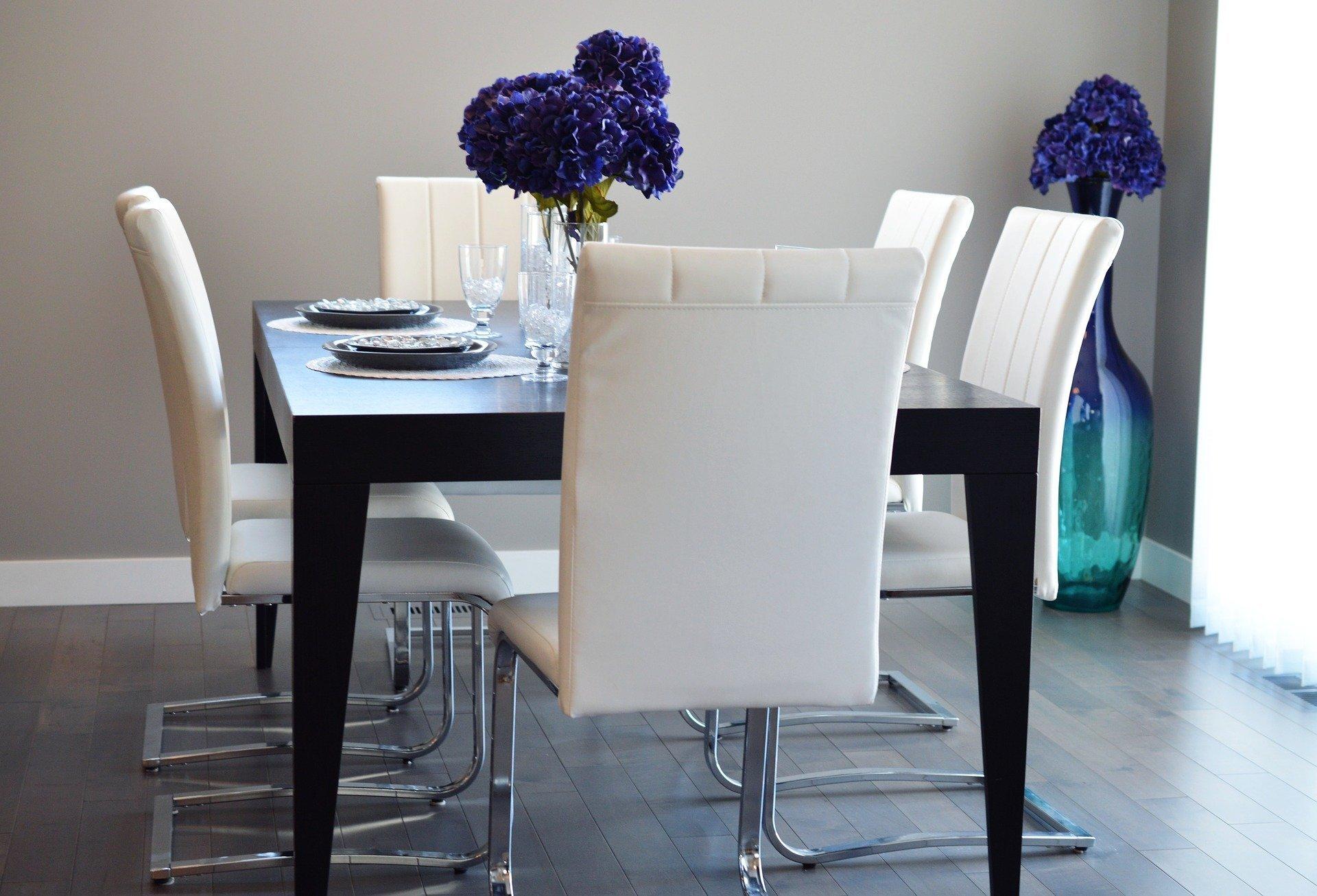 dining-room-2157778_1920